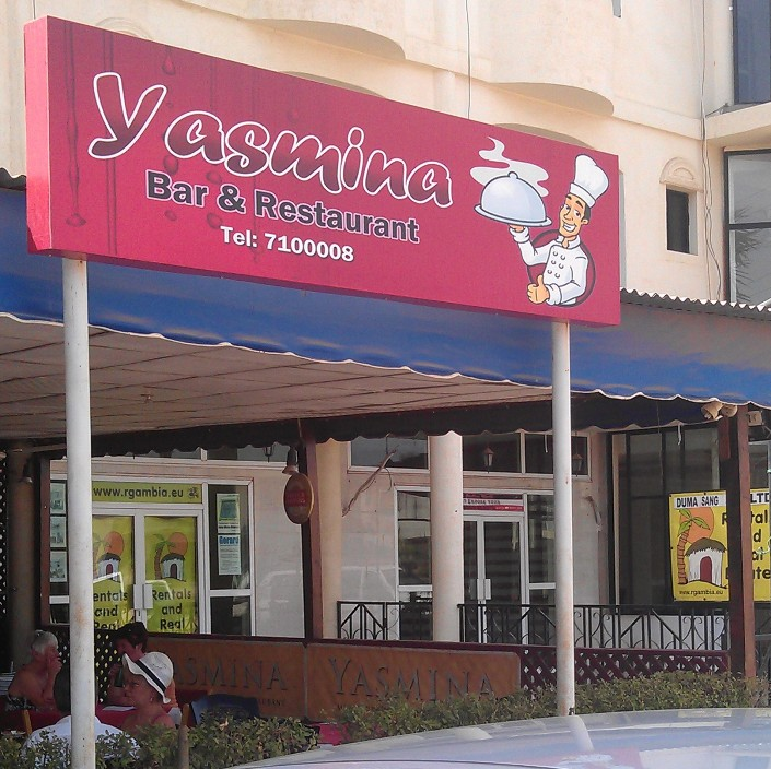 Yasmina bar restaurant kololi gambia review phone for Cuisine yasmina