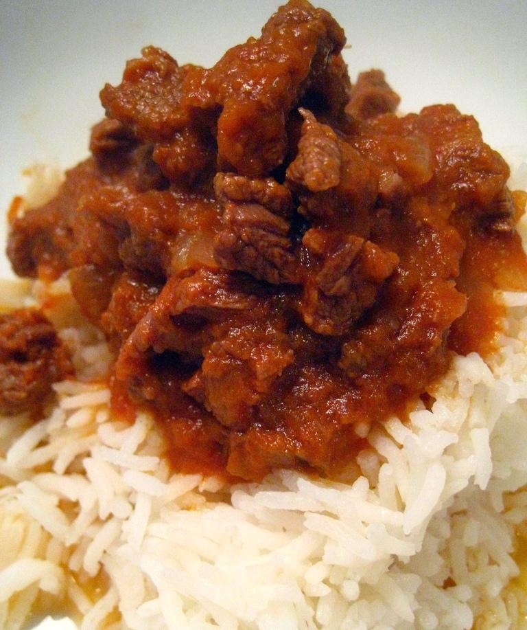 Gambian Beef Stew - 'Chew i Yappa'